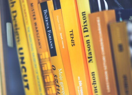 only-yellow-books-5946